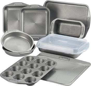 10. Circulon 46847 Total Nonstick Bakeware Set