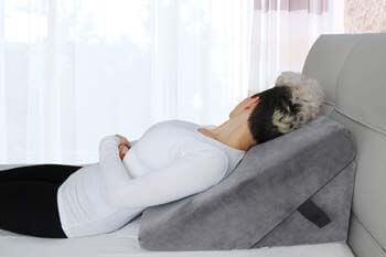 5. Cushy Form Memory Foam Bed Wedge Pillow