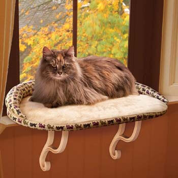 8. K&H PET PRODUCTS Kitty Sill