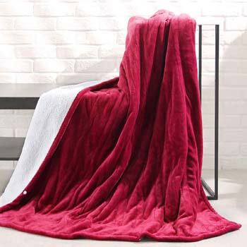 1. MaxKare Electric Blanket Heated Throw Flannel & Sherpa Reversible Fast Heating Blanket